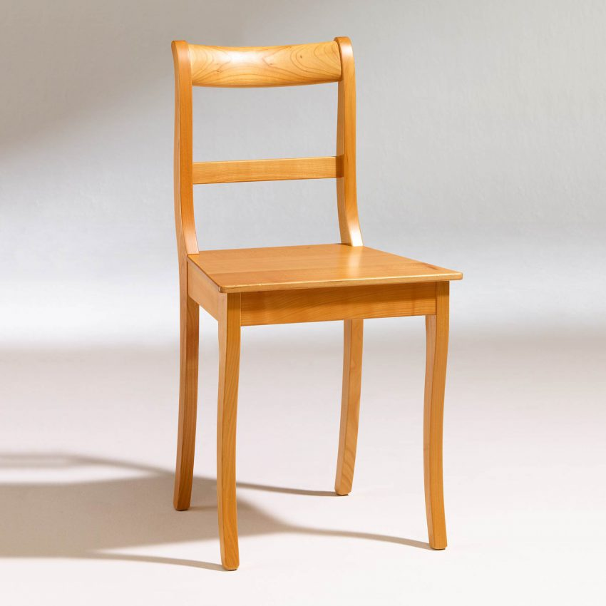LIGNUM Biedermeier Stuhl in Kirschbaum, Säbelbeine, gerader Steg