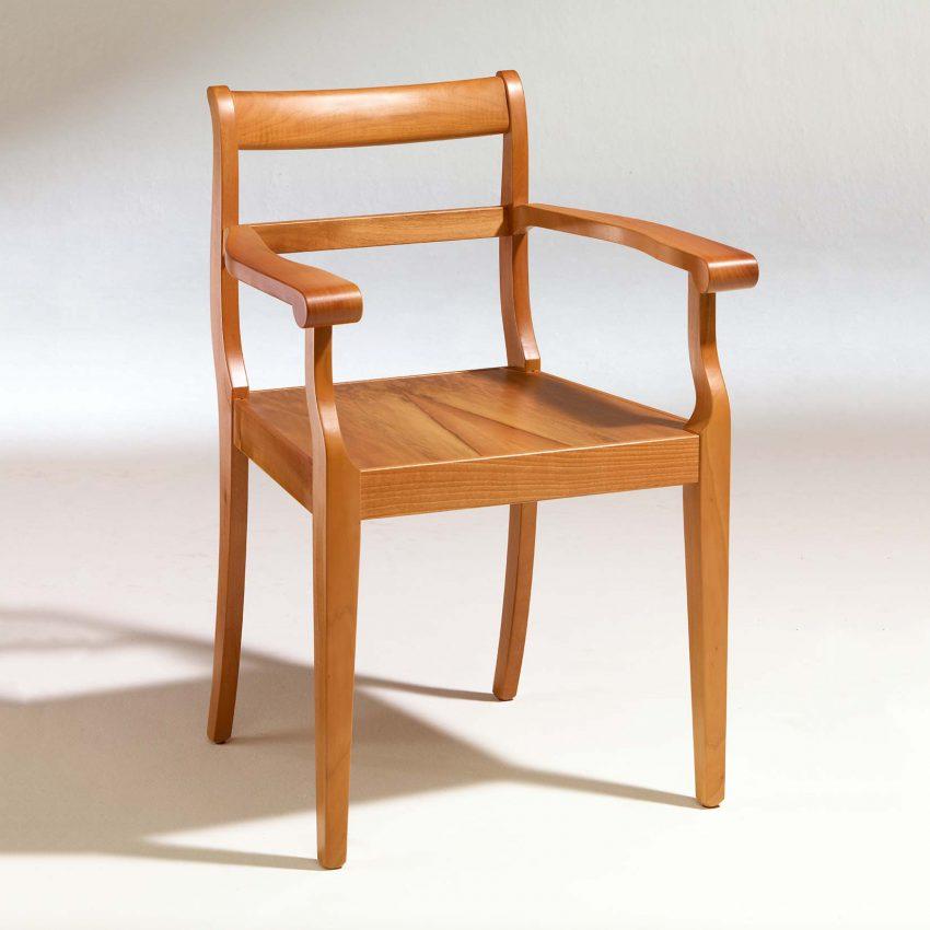 LIGNUM Biedermeier Armlehnstuhl in Walnuss nachgedunkelt, Spitzbeine, gerader Steg